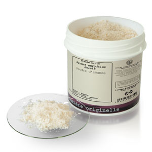 Unrefined plant Almond powder BIO (Prunus amygdalus dulcis)